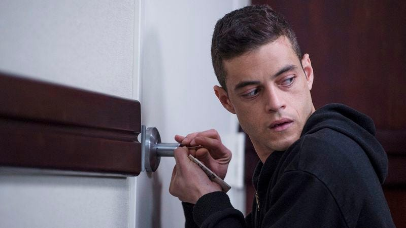 We're pretty sure Amazon left a key under the mat, dude (Mr. Robot)