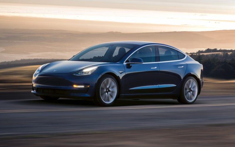 Illustration for article titled Cómo conseguir un flamante Model 3 gratis ofrecido por la propia Tesla