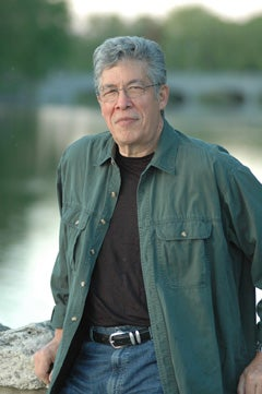 Illustration for article titled First Nations Author and Activist Thomas King wins prestigious Governor General's Award for Fiction