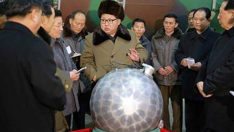 Illustration for article titled Corea del Norte asegura que esta es su nueva bomba nuclear miniatura