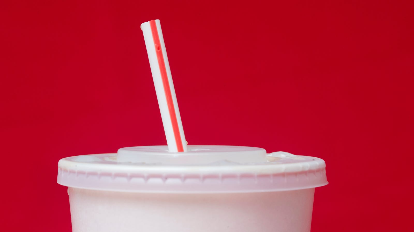 A Paper Straw Factory Is Opening Up in Britain Before a Planned UK Single-Use Plastics Ban