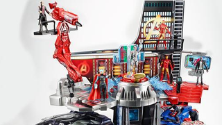 Illustration for article titled This Avengers Tower Play Set Looks Awesome