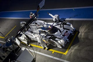 Illustration for article titled Looks like one of the Porsches 919 will get number 20