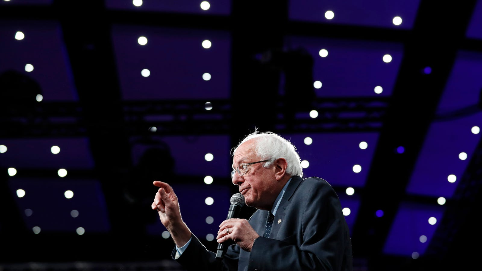 Bernie Sanders' $16 Trillion Climate Plan Is Nothing Short of a Revolution