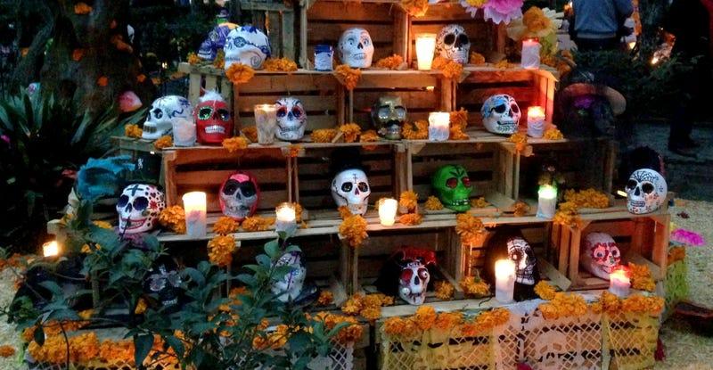 Día De Muertos Así Nació La Tradición Más Viva De México