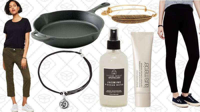 Illustration for article titled Today's Best Lifestyle Deals: Laura Mercier, Alex and Ani, Lou & Grey, Levi's, and More