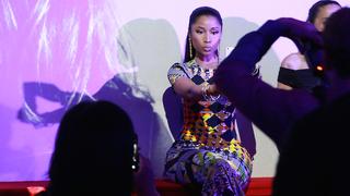 23 Things A Nicki Minaj Concert Taught Me About Taking Selfies