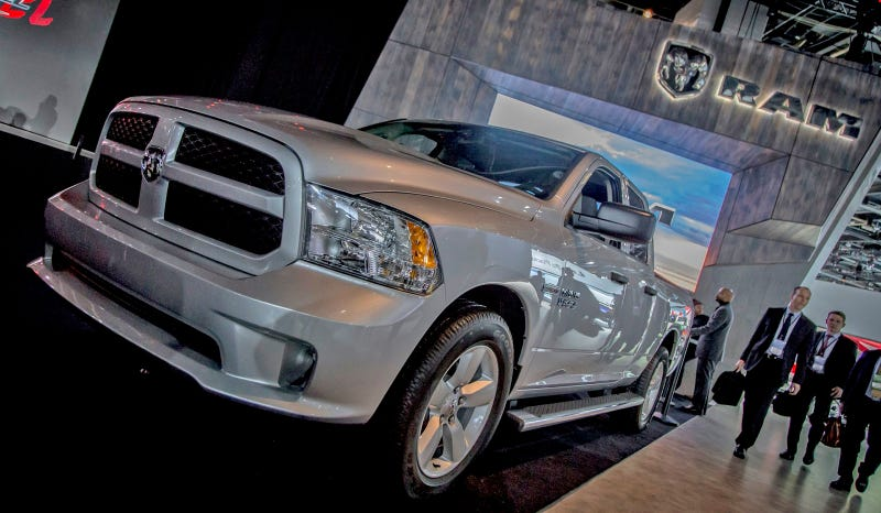 Illustration for article titled How The 2015 Ram EcoDiesel HFE Gets A Crazy 29 MPG Highway