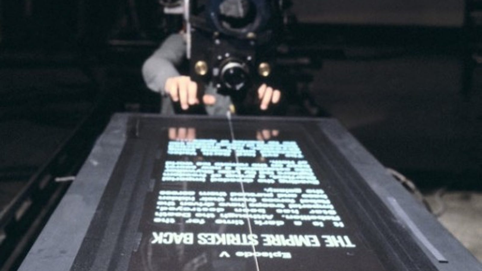 Camera Caché Star Wars : So thats how they filmed the star wars opening crawl