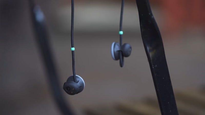 Los nuevos auriculares de Google permiten la traducción de idiomas simultánea
