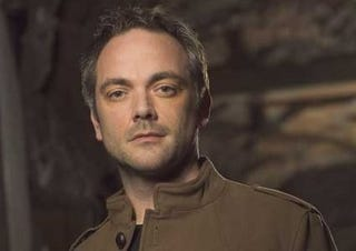 Illustration for article titled Mark Sheppard Is Shaking The Secret Boxes At Warehouse 13