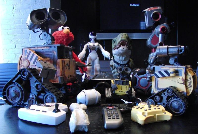 Illustration for article titled Ultimate Toy Robot Battlemodo