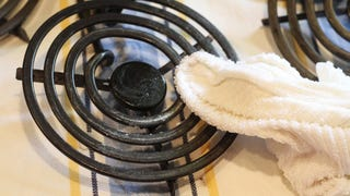 Clean Gunked-Up Electric Stove Burners with Baking Soda