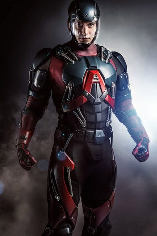 Illustration for article titled Brandon Routh's Atom Costume is Excellent