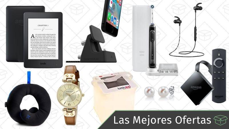 Illustration for article titled Las mejores ofertas de este lunes: Dispositivos de Amazon, joyas para el Día de la Madre, soporte de carga para el iPhone y más