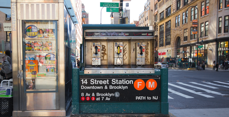 Illustration for article titled NYC Will Turn 7,000 Old Payphones Into a Huge, Free Wi-Fi Network