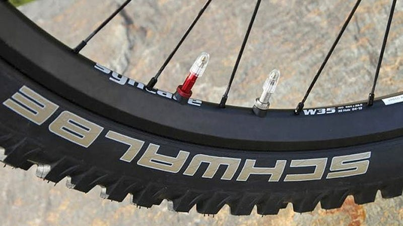 Llegan las ruedas de doble cámara para evitar pinchazos en tu bici