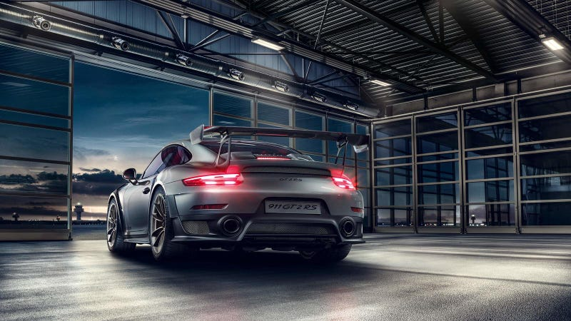 Illustration for article titled How Would You Configure Your $294,000 Porsche 911 GT2 RS?