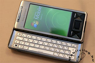 Illustration for article titled Sony Ericsson Xperia X1 Runs Windows Mobile 6.1