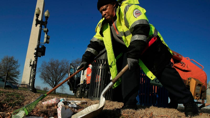 According to the National Park Service, several partner organizations will assist with trash collection while National Park Service staff are furloughed because of the partial government shutdown but this may not occur in all areas or at the same frequency as when the government is open.