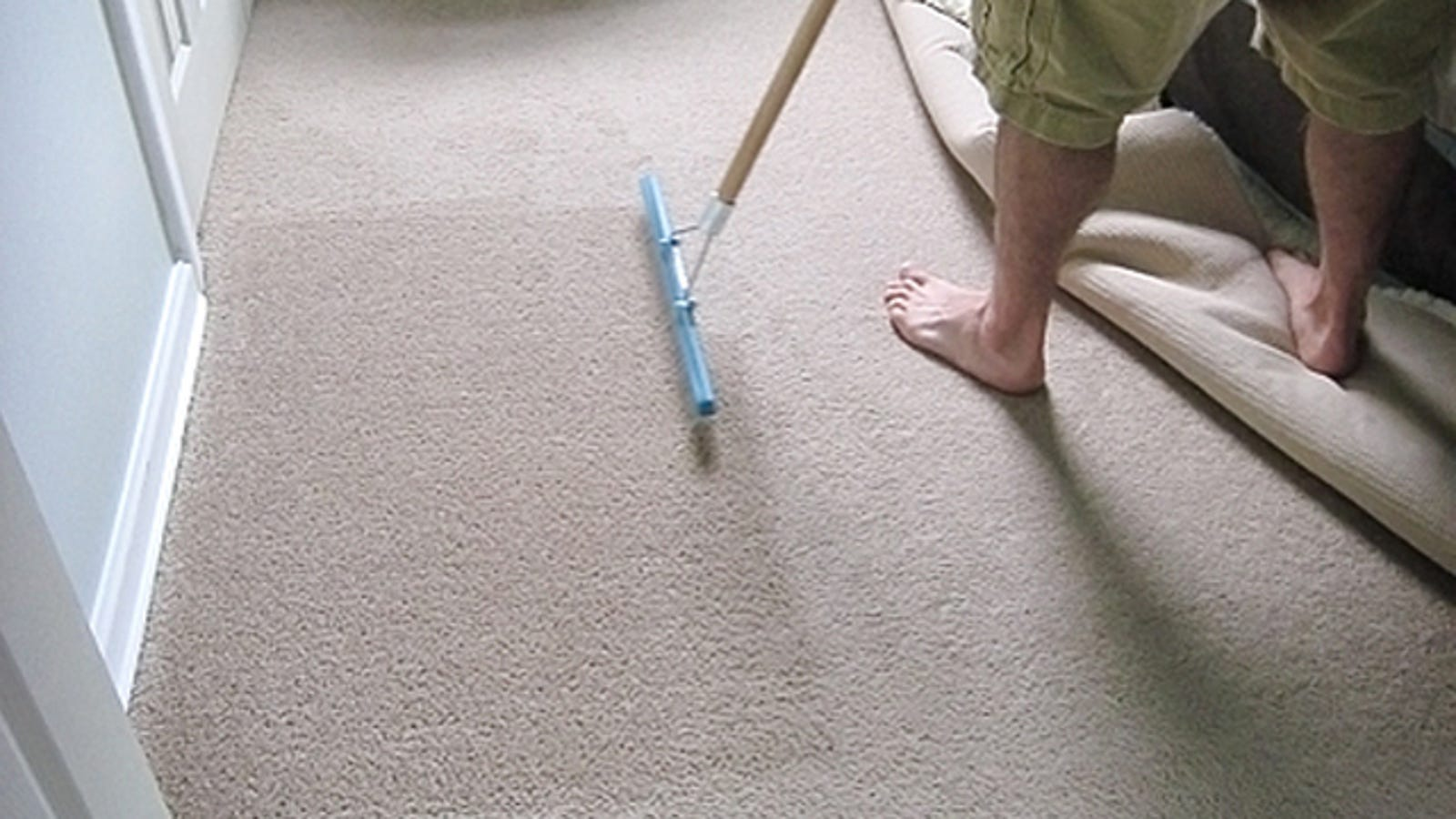 Use A Carpet Rake To Brighten Up Dingy Old Carpets