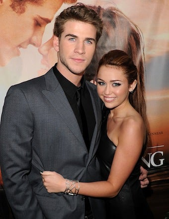 Illustration for article titled Miley Cyrus & Liam Hemsworth Split