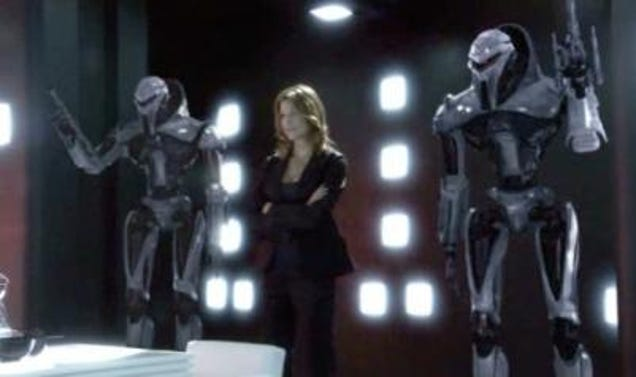 battlestar galactica meeting room with cylons
