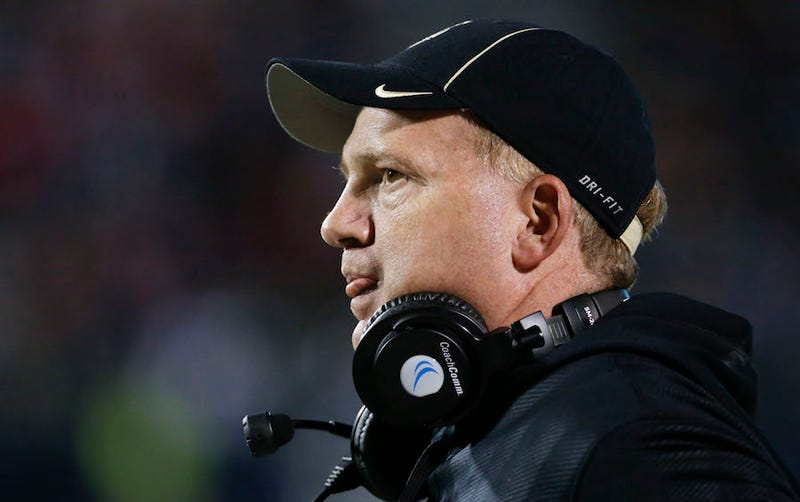 Illustration for article titled Idaho Football Coach Paul Petrino Makes Three Players' Shoplifting Allegations Go Away