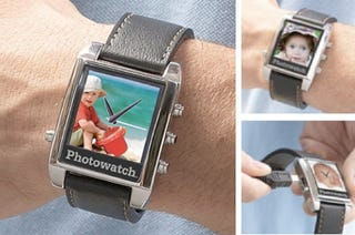 Illustration for article titled Photowatch: Strap-On Digital Picture Frame and Wristwatch