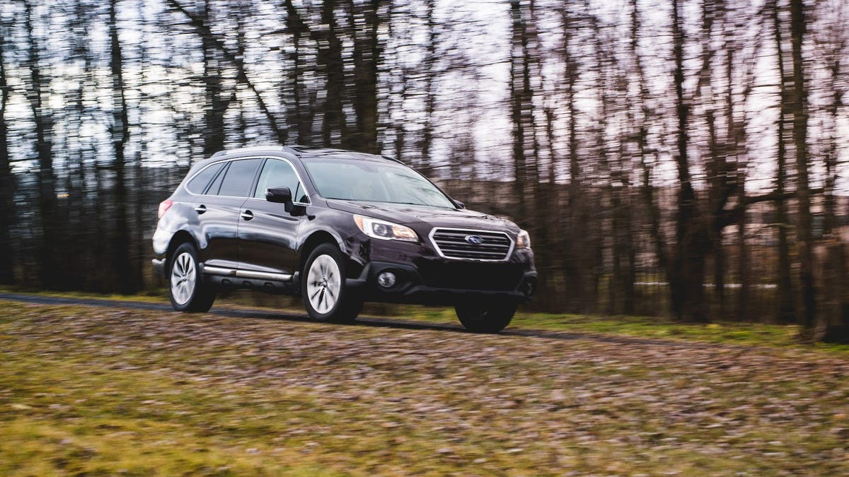 The 2017 Subaru Outback 3 6R is Our Weapon Against Crossover