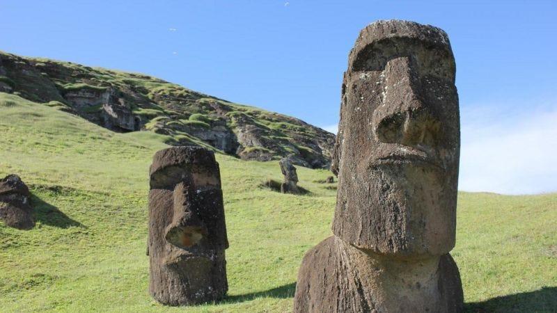 Las estatuas de la Isla de Pascua, llamadas moais