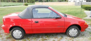 Illustration for article titled This Geo Metro Convertible Only Has 548 Miles And Could Be Yours