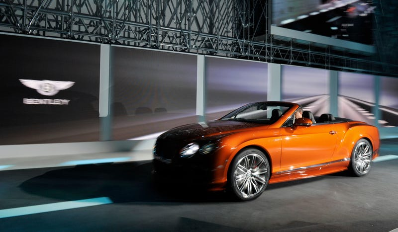 Illustration for article titled Orange Is The Color Of This Year's Geneva Motor Show