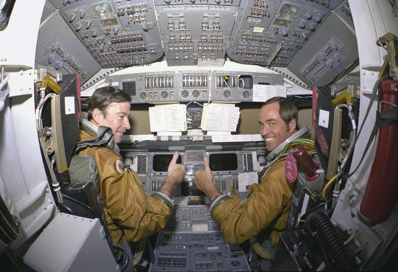 space shuttle columbia cockpit footage - photo #12