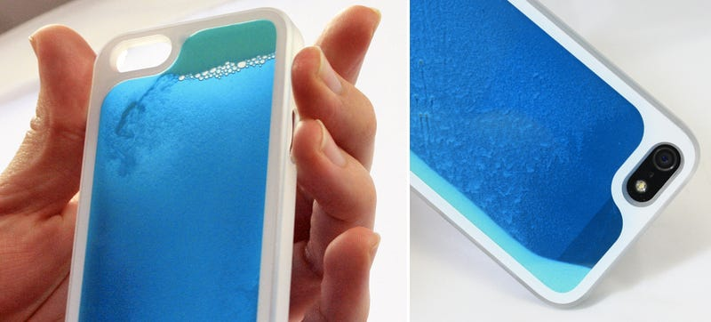 Illustration for article titled A Sand Art Case Gives Your iPhone a Radical 80s Makeover