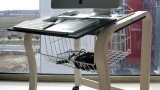 Illustration for article titled Transform an Ikea Chair Frame into a Portable Computer Desk