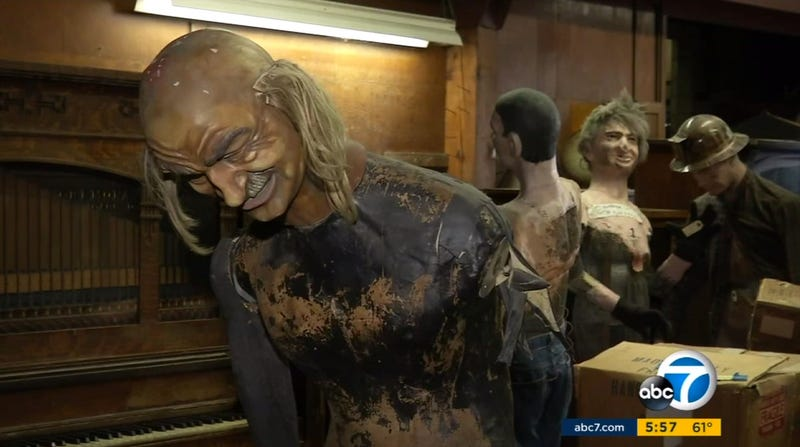 Knott's Berry Farm mannequins that you should definitely not have any sexual intercourse with, despite any urge you may have to do so (Screenshot from ABC7)