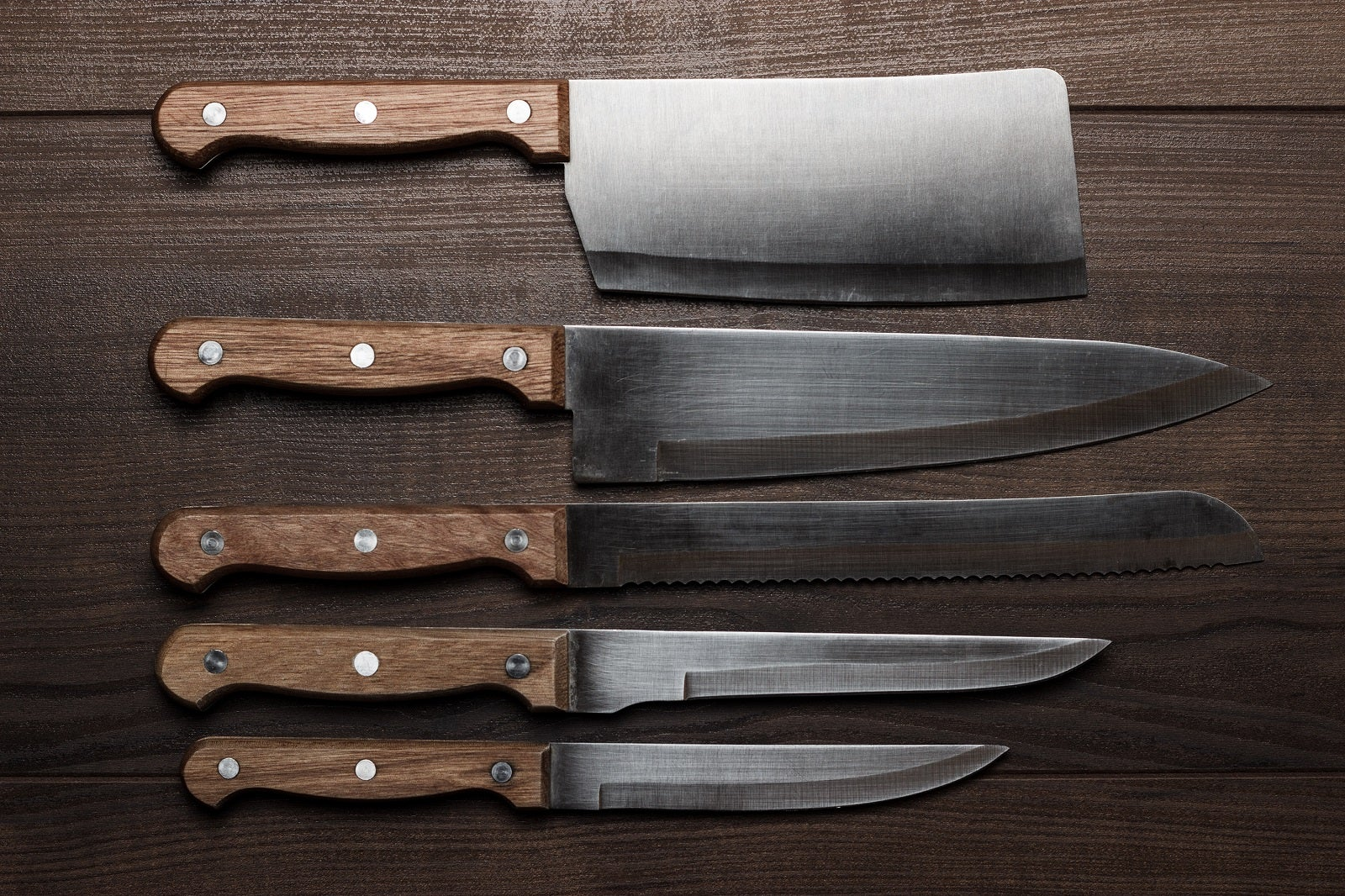 What Should Be In A Kitchen Knife Set