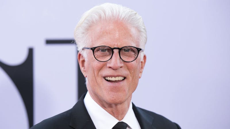Illustration for article titled Ted Danson, method actor, took his Good Place flossing very seriously