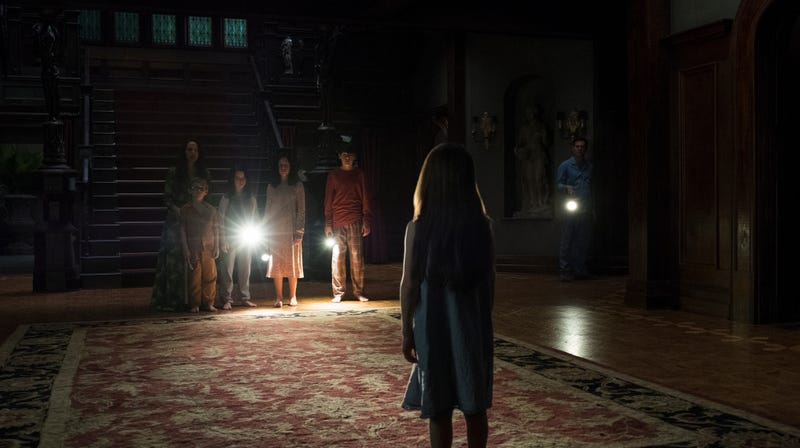 Illustration for article titled If The Haunting Of Hill House gets another season, it won't be about the Crain family