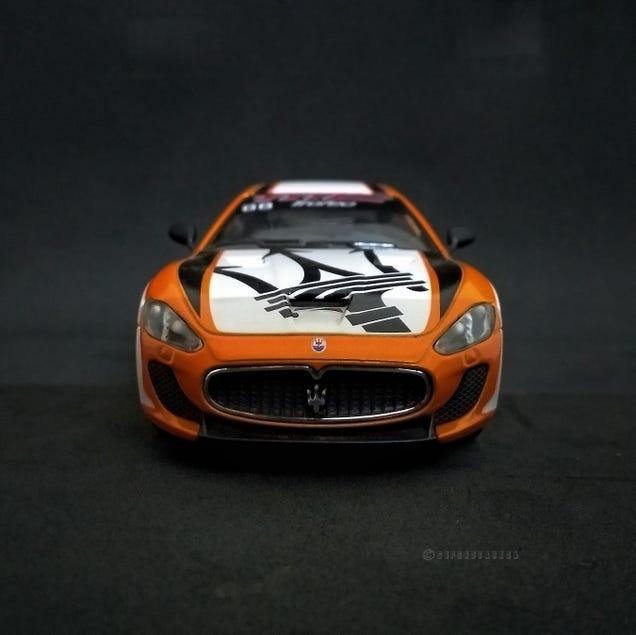 Illustration for article titled Hour Rule: Kinsmart Maserati Gran Turismo MC Stradale