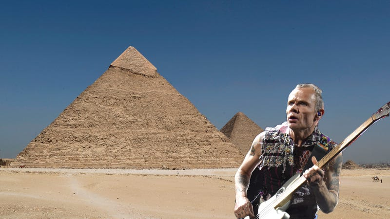 Illustration for article titled Culture finally comes to Egyptian pyramids in form of Red Hot Chili Peppers show