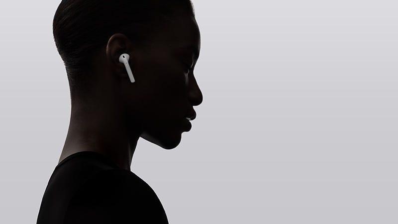 Illustration for article titled Apple sabe que vas a perder uno de tus AirPods y te cobrará $69 por reemplazarlo