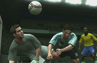 Illustration for article titled PES 2009: If Only Watching Real Soccer Was This Fun