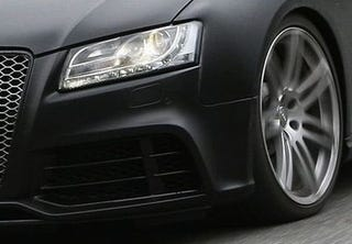 Illustration for article titled 2010 Audi RS5 Spotted In Lovely Matte Finish