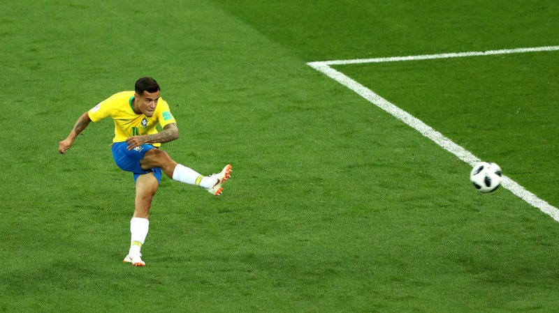 Illustration for article titled Philippe Coutinho Rips A Mighty Golazo To Put Brazil Ahead Of Switzerland