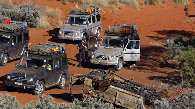 Illustration for article titled Mercedes strands journalists testing G-Class in Outback