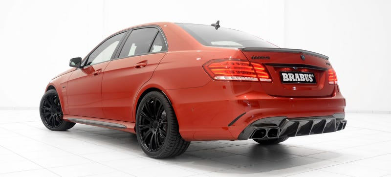 Illustration for article titled Great Googly Moogly The Brabus Mercedes E63 AMG Has 850 Horsepower