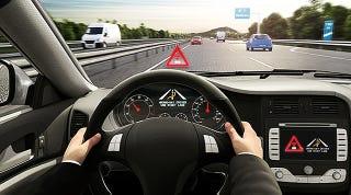 Illustration for article titled Este nuevo software detendrá el coche si circulas en dirección prohibida