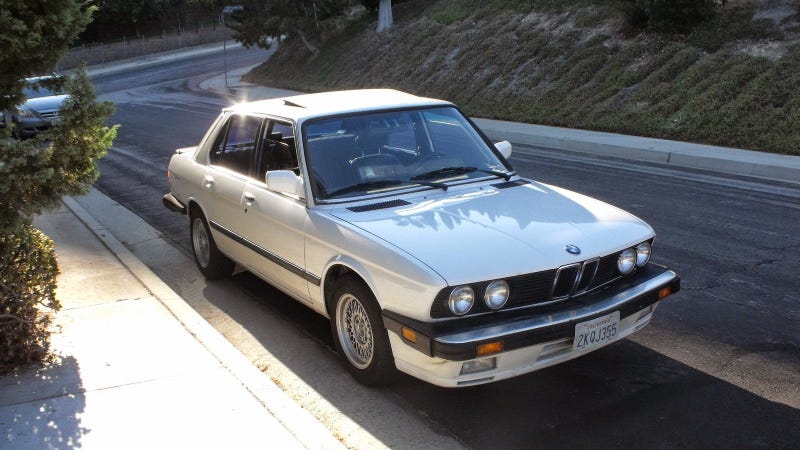Illustration for article titled The Iota Makes A Huge Difference In An 80s BMW